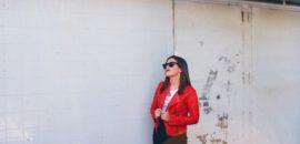 La cazadora roja que está de moda