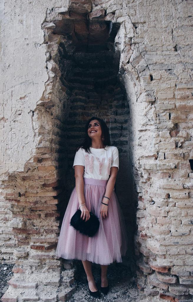Falda tul rosa look completo