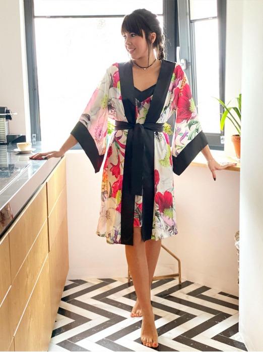 Conjunto Gaudí Maxi Flores, Pijama Novia, Pijama damas de honor, Pijama elegante, Pijama luna de miel, Mariquita Trasquilá
