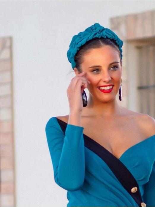 Diadema Luz, invitada Perfecta, azul pato, pamela, tocados, Mariquita Trasquilá