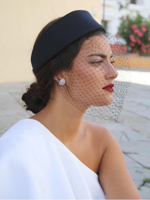 Tocado Paris, tocado para boda, tocados para invitadas, Mariquita Trasquila