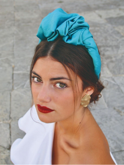 Diadema rizada Mariluz, tocados para bodas, complementos para bodas, Mariquita Trasquila