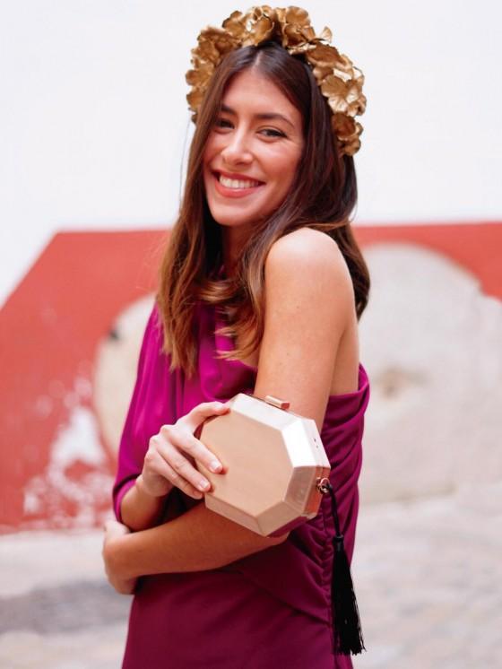 Bolso Clutch Heptágono, invitada perfecta, bolso dorado , Mariquita Trasquilá
