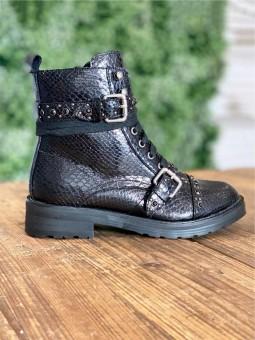 Botas Militares Strass, botas cordones, botines negros, Mariquita Trasquilá
